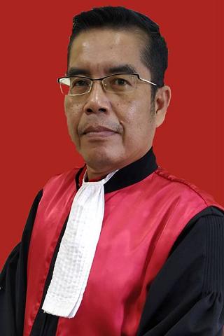 Ahmad Baharuddin Naim, S.H., M.H.